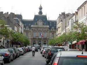 La Mairie di St. Maur des Fosses vicino a Parc Saint-Maur (France)