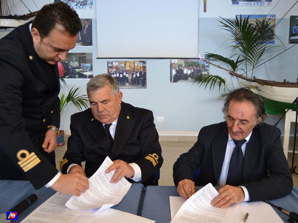 """Guardia Costiera: siglata convenzione con il """"Politecnico del Mare"""" di Catania"""