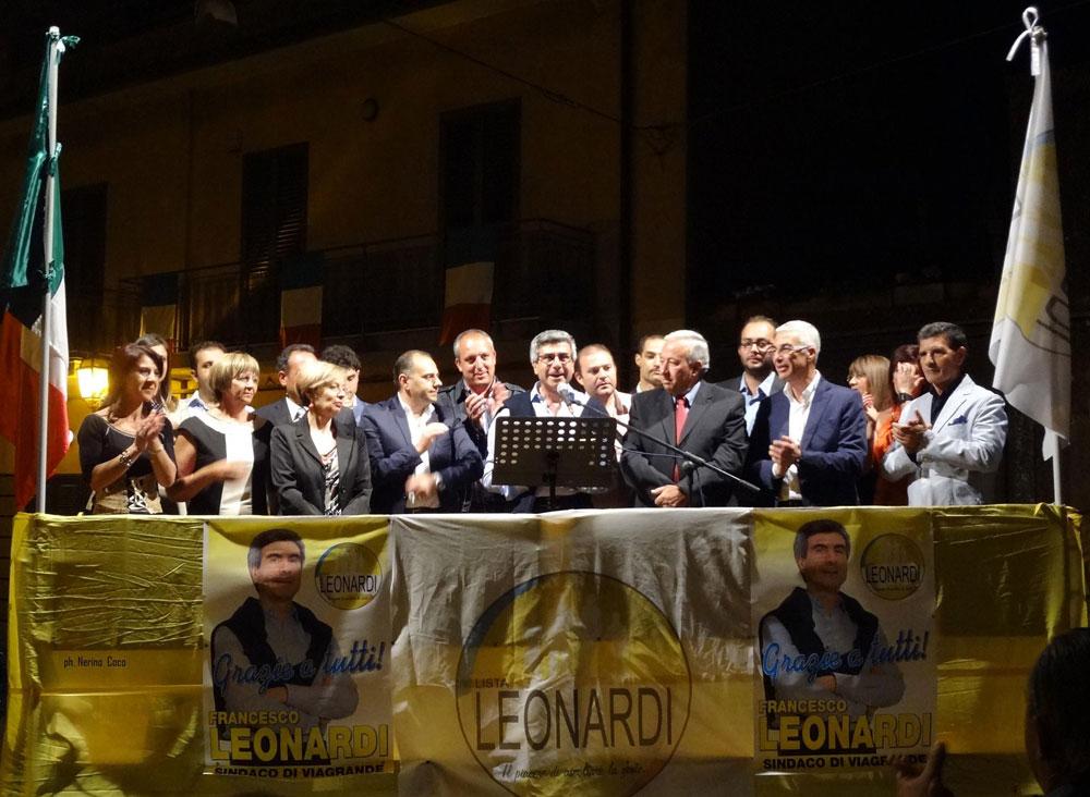 Comizio di ringraziamento del sindaco Francesco Leonardi