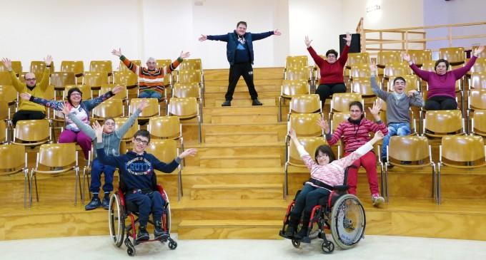 """Teatro e disabilità: giovedì 9 aprile al teatro comunale di Trecastagni (Ct) """"Provare per credere. Il racconto che incanta"""""""