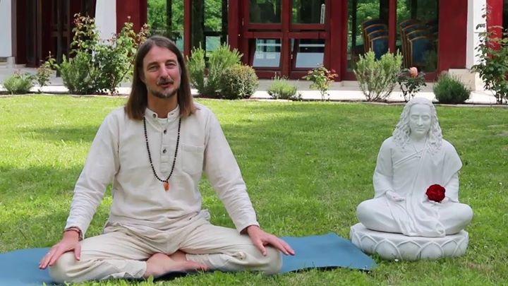 Jayadev Jaerschky Seminario Ananda Yoga
