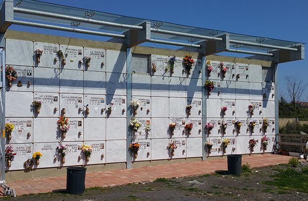 Cimitero Viagrande: l'area accanto alla quale saranno realizzati i loculi