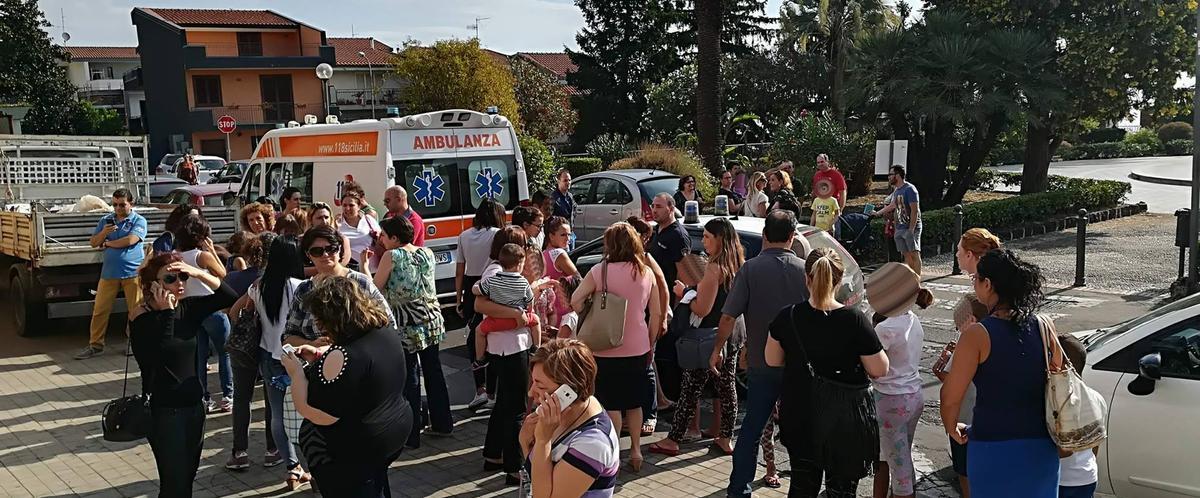 Caos vaccini a Zafferana, intervengono i carabinieri