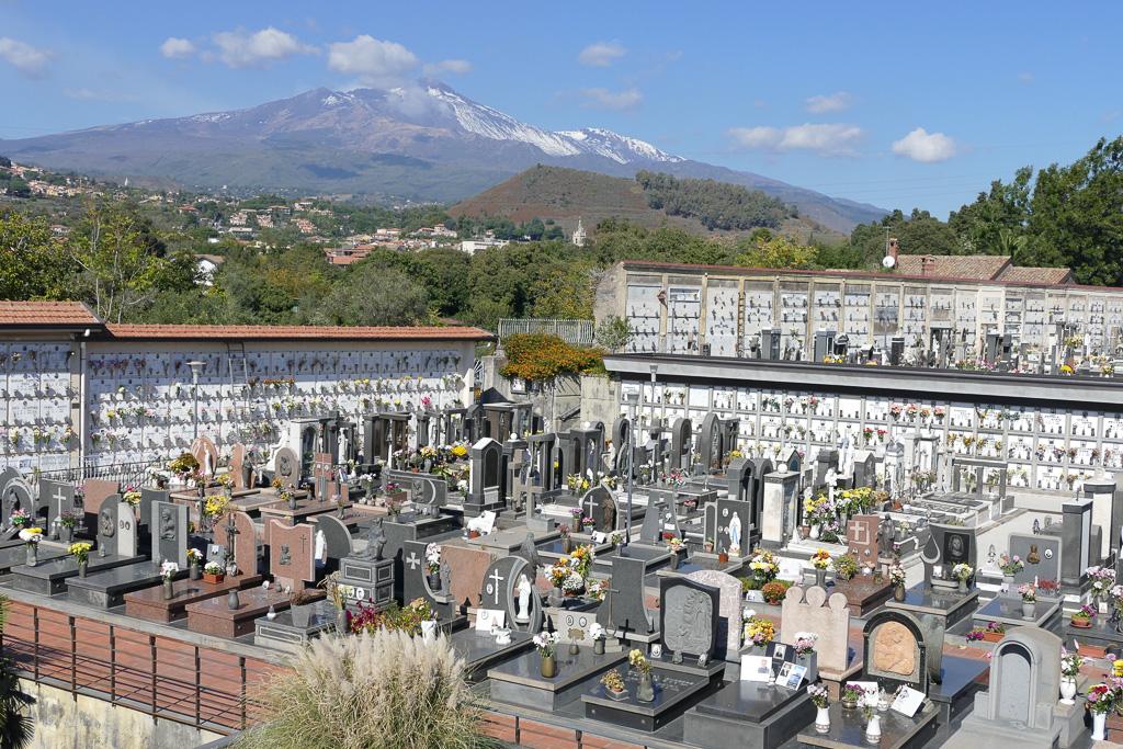 Viagrande, Cimitero: molteplici gli interventi compiuti