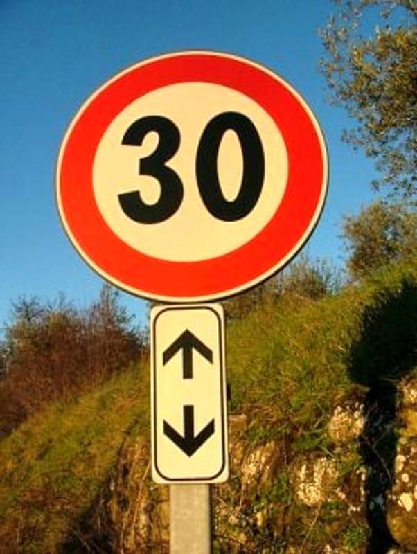 Aci Bonaccorsi, viabilità: limitazioni sulla strada provinciale 73